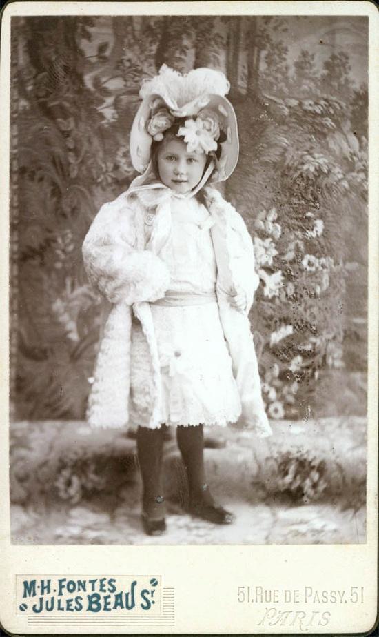 vintage photo cdv French Doll Girl.