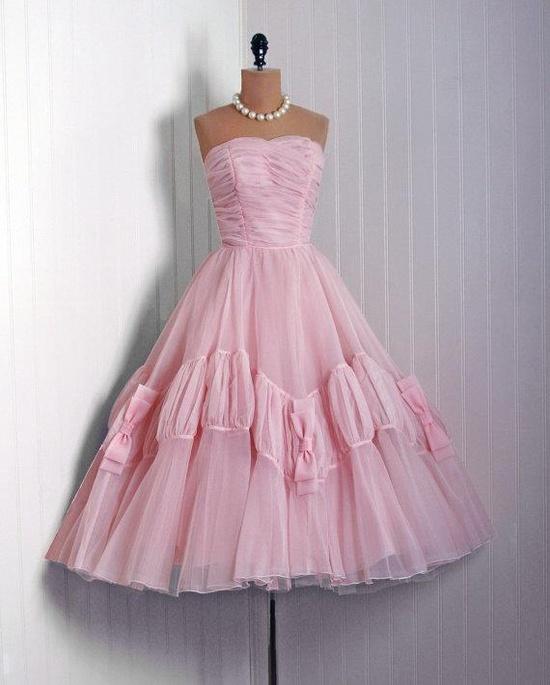 #promdress #dress #1950s #partydress #vintage #frock #retro #teadress #petticoat #romantic #feminine #fashion