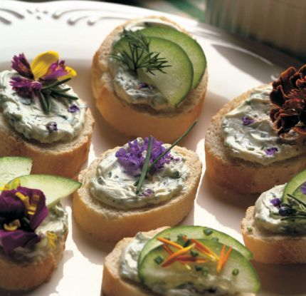 Herb Cheese Canapés - Edible flowers are so cool...