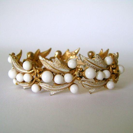 Cute vintage bracelet - only $8!