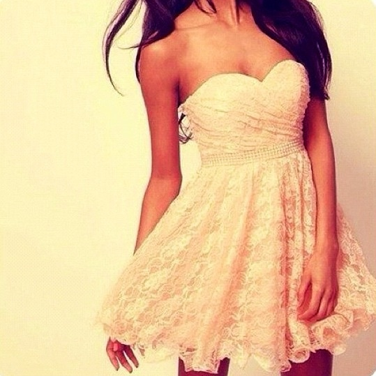 Lace strapless summer dress