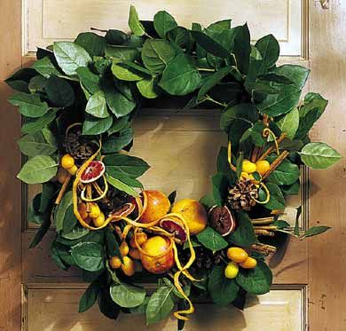 {Christmas Decor} Spicy Citrus Wreath from Better Homes & Garden