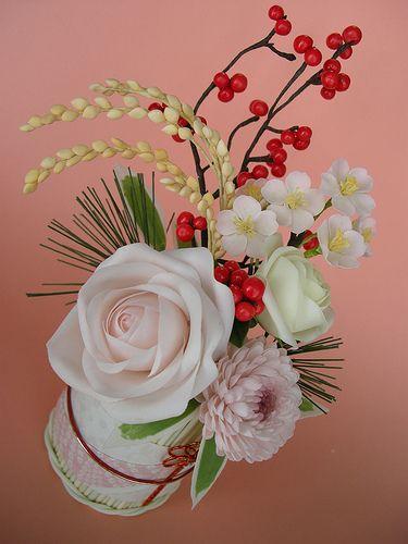 japanese flower arrangement by JILL's Sugar Collection, via Flickr