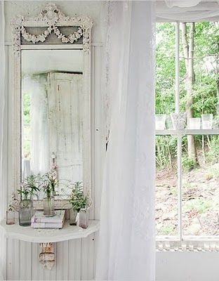 Shabby beach house decorating