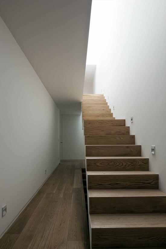 Cerrada Reforma 108, México City, 2011 by DCPP Arquitectos    #architecture #design #minimal #mexico #stair