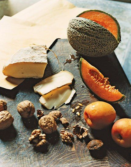 Italy's melons, apricots, walnuts, and cow's milk cheese #sexonthetable