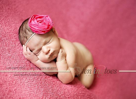 Charlotte newborn pic idea