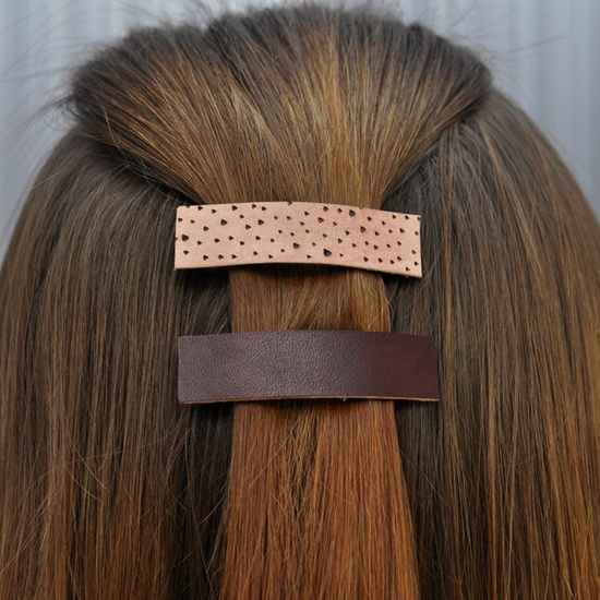 Canoe hair accessories.