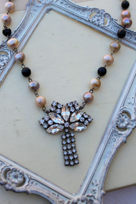 ? Vintage Art Deco Rhinestone Pearl and Onyx Assemblage Necklace