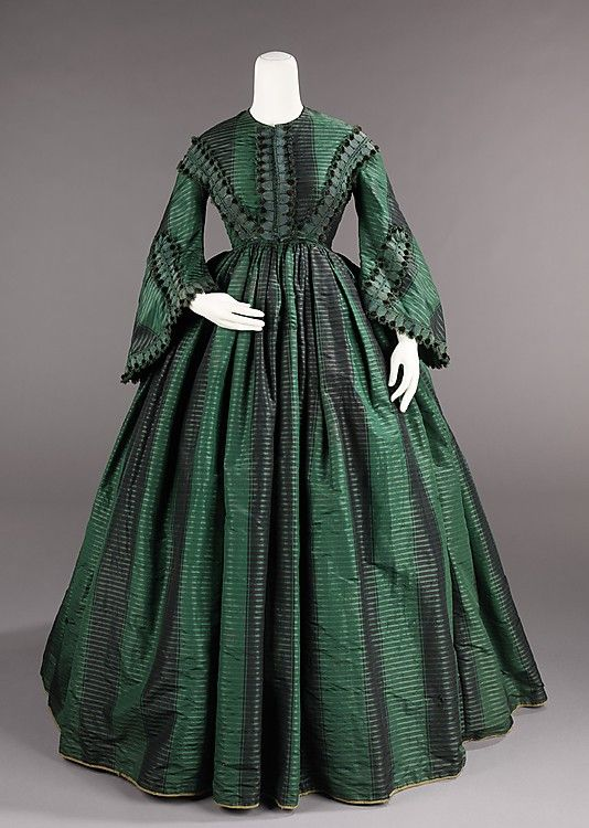 1855 American Silk Afternoon dress