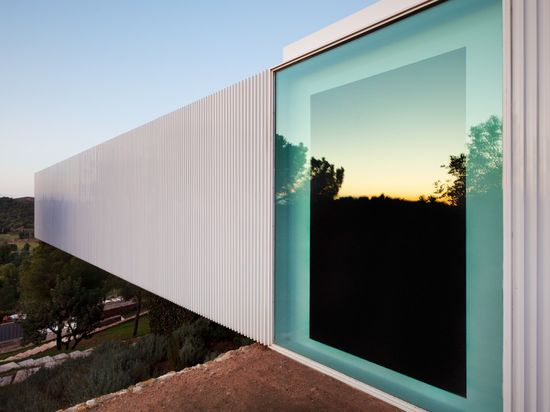 Extra large windows. The BF House by  Carlos Ferrater and ADI.