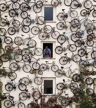 wall o' bicycles