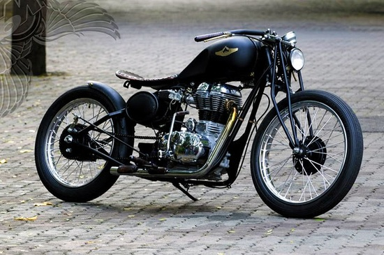 Royal enfield custom from Rajputana Customs, India. They make some very attractive motorcycles!
