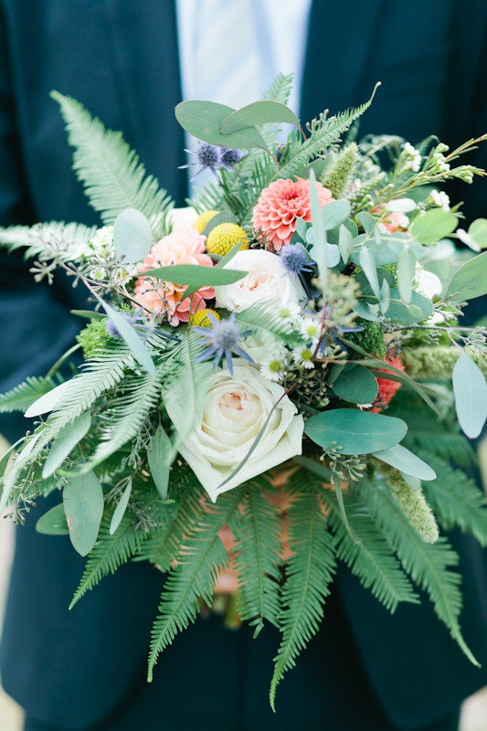Garden-esque bouquet ;) Photography by aliciabrownphotog..., Floral Design by mumsflowers.net