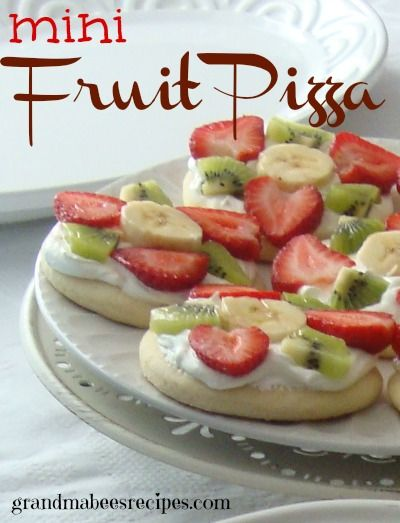 BEST Fruit Pizza Ever!