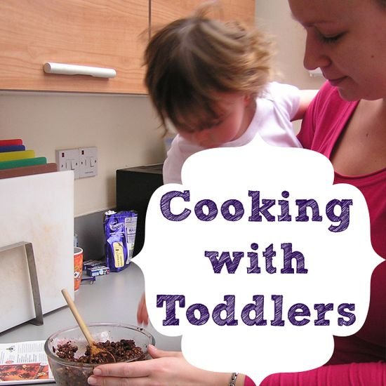 10+ recipes to get creative in the kitchen with your toddler throughout the year