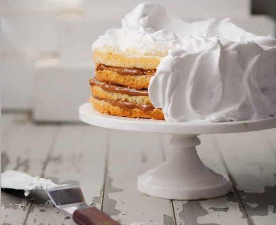 Dulce de Leche Cake // click on photo for recipe