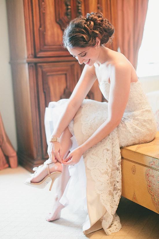 wedding dress by www.jlmcouture.co...  Photography by maggieharkov.com