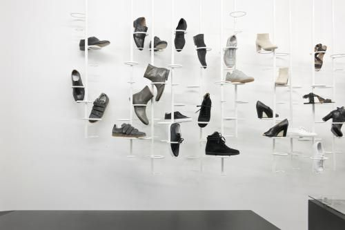 shoes display