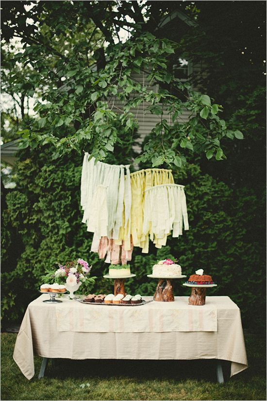 easy dessert table ideas for picnic reception outside garden party
