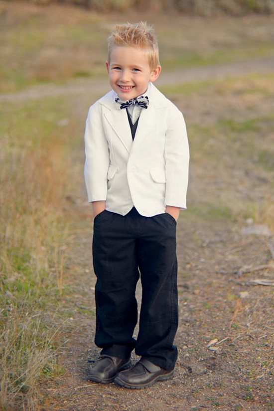 He's so precious;)  Photography by clairealysephotography.com/, Flowergirl-Ringbearer by beaneandco.com {sponsored post}