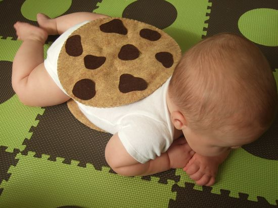 DIY Felt Chocolate Chip Cookie Chipwich Infant Halloween Costume - All the felt you need - Pattern included. $7.99, via Etsy.