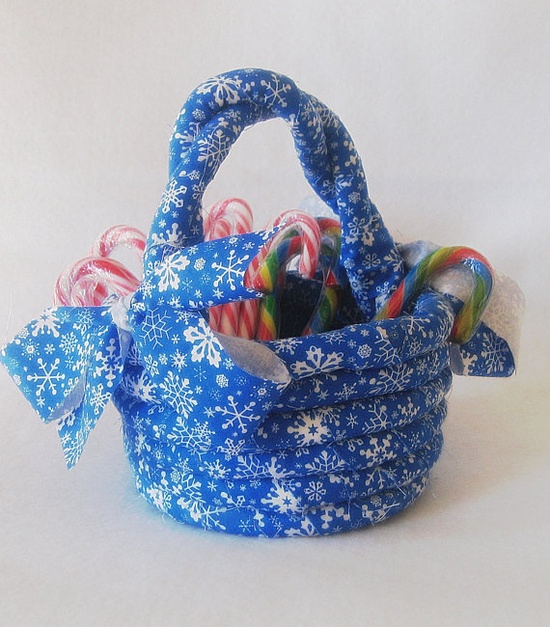 Coiled Rag Basket - Blue and White Snowflakes by HandmadeByAnnabelle on Etsy