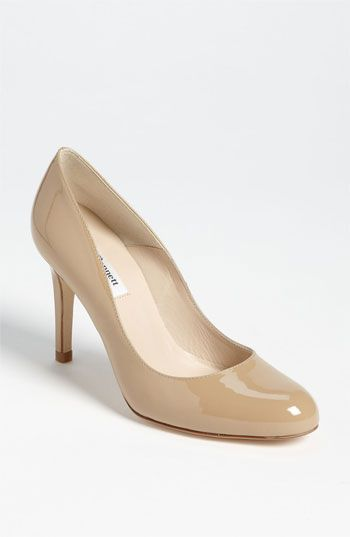 Oh Duchess Kate - you have such great taste.  L.K. Bennett 'Shilo' Pump