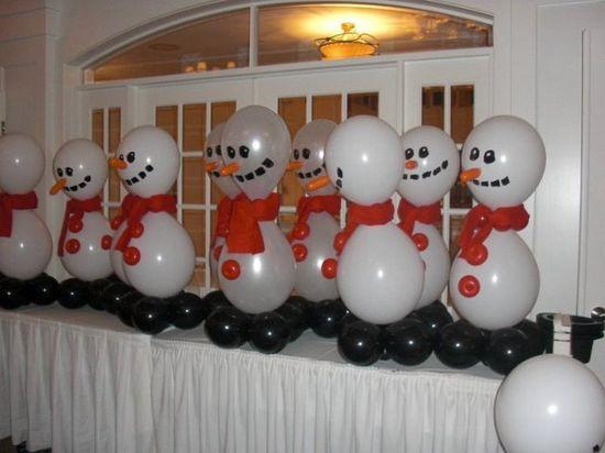 Christmas Party Balloons @Sharla Krueger-Boyer Krueger-Boyer Mullen Koller... how cute is this?????