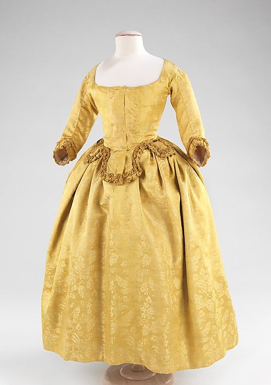Dress    Date:      1775–85  Culture:      British  Medium:      silk  Dimensions:      Length at CB: 52 in. (132.1 cm)  Credit Line:      Brooklyn Museum Costume Collection at The Metropolitan Museum of Art, Gift of the Brooklyn Museum, 2009; H. Randolph Lever Fund, 1967  Accession Number:      2009.300.1340    This artwork is not on display