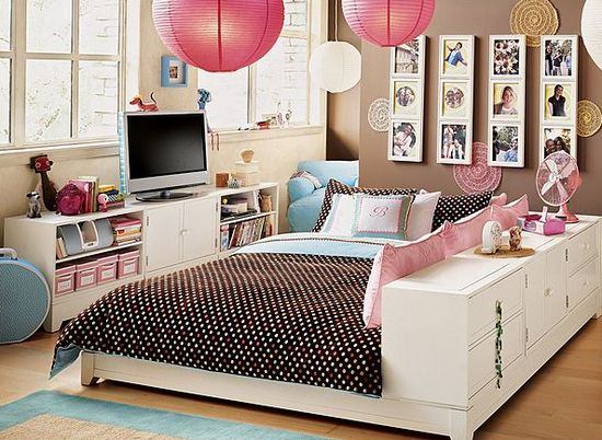Bedroom a teen would love. #teens #moms #homedecor