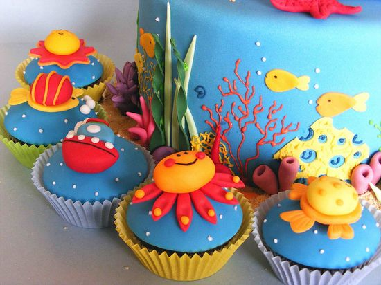 Sea cupcakes by bubolinkata, via Flickr