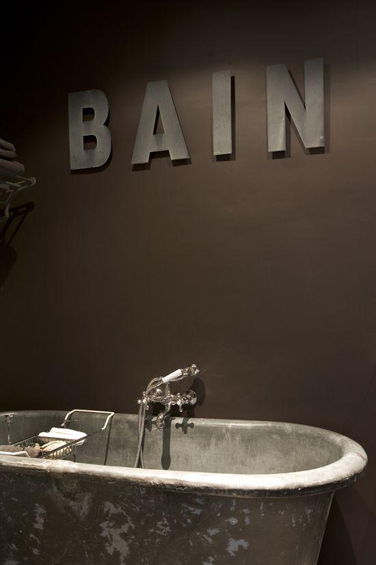 Bath in Greys...