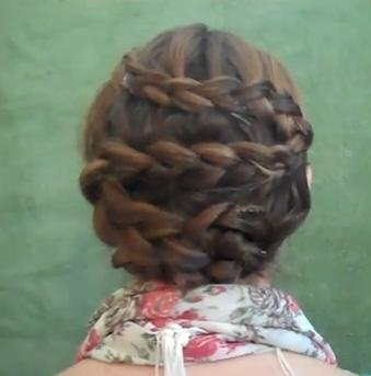 this tutorial has it all... swedish braids, crown braids, fishtails, ropes & zig zags