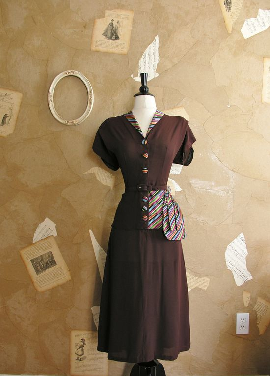 Vintage 1940s Over The Rainbow Dress.