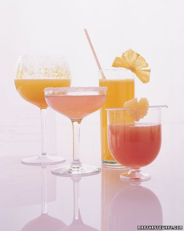 Pineapple and grapefruit cocktails