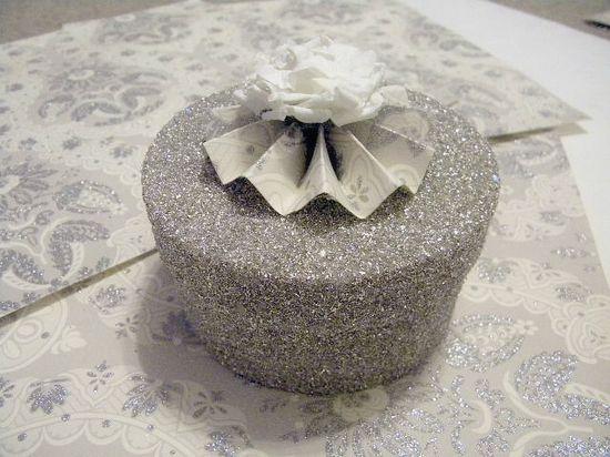 Glass glittered box tutorial