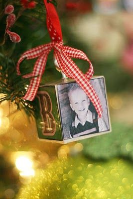 Homemade Block Ornaments - what a great idea!! Each one personalized...what a great keepsake!