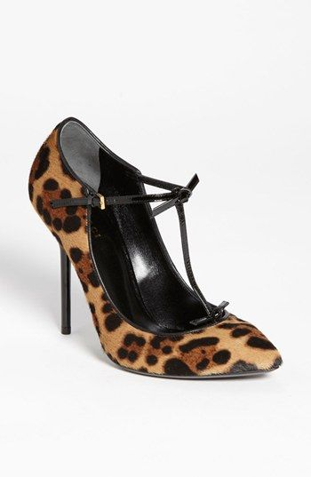 Hott - Gucci 'Beverly' T-Strap Pump