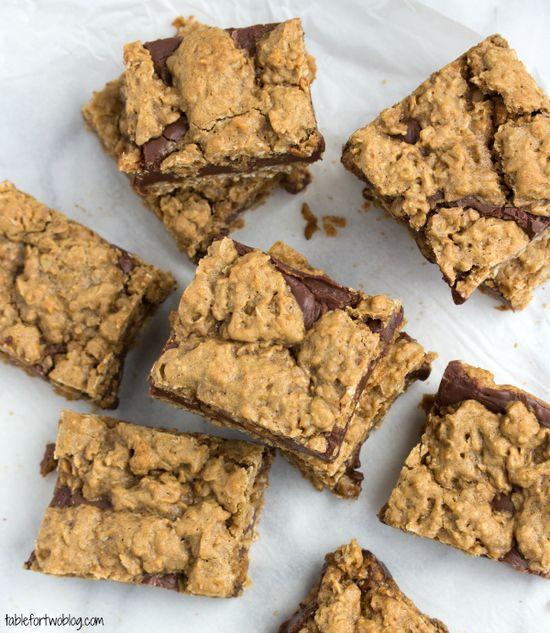 Oatmeal & Chocolate Cookie Bars