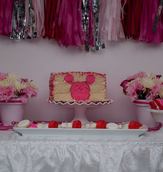 Minnie surprise cake at a  Minnie Mouse Party #minniemouse #cake