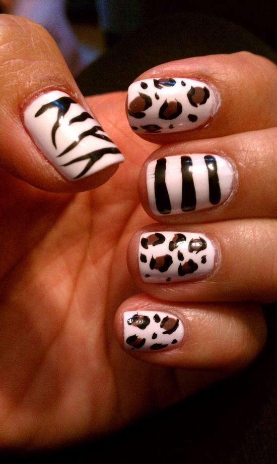 Safari nail art