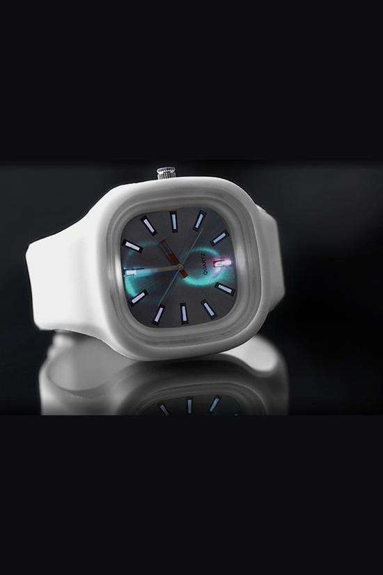 Metallic LED Watch / by Clocker