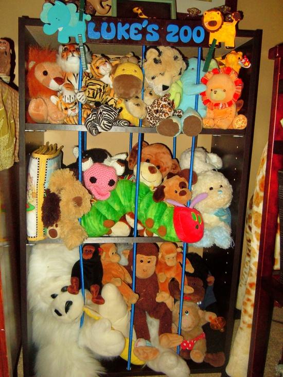 diy kid zoo for stuffed animals