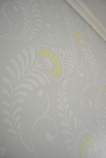 Awesome tutorial for stenciling a whole wall #paint #tip
