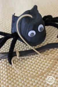 Easy Halloween Craft Bouncing Spider