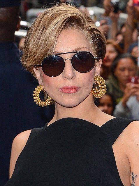 Short Hairstyle on Lady Gaga
