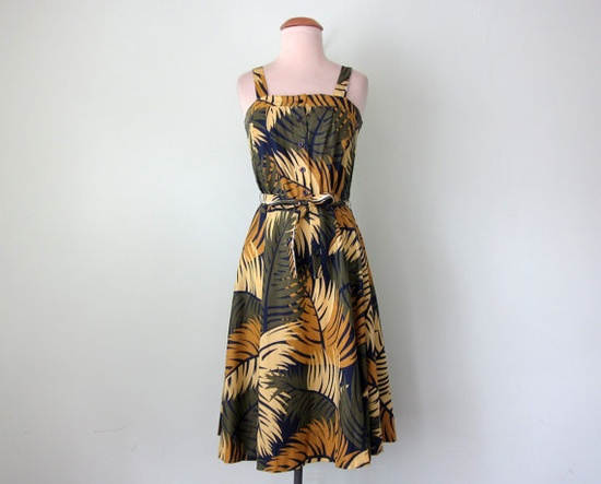 70s dress / palm print belted cotton sundress by SallyJaneVintage A 70s era sundress in a bold palm print. Bodice has wide shoulder straps and buttons at the front. Gathered skirt cinches at the waist with a Vintage, Clothing, Dress, dress, 70s, sundress, print, leaf, belted, sleeveless, cotton, xsmall, small, summer, spring