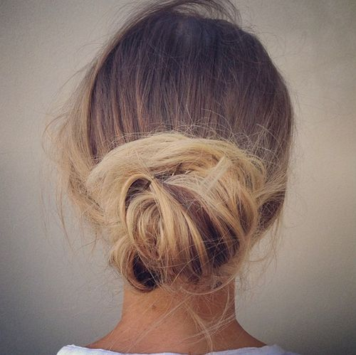 Swooped Back Messy Bun / We're obsessed #hair