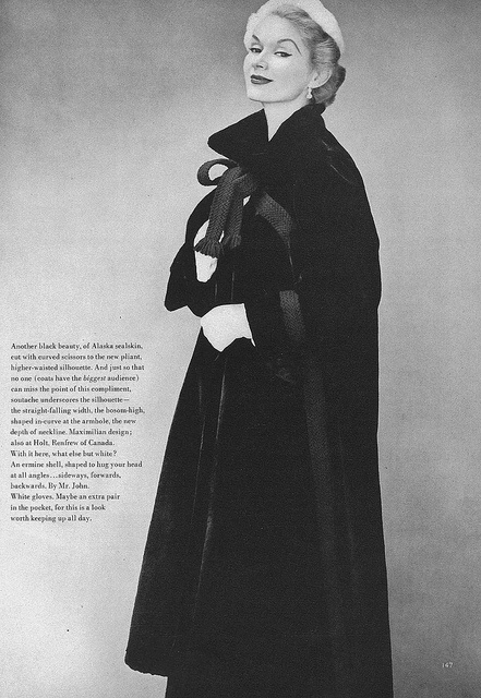 Gorgeous coat! #vintage #fashion #1950s #winter